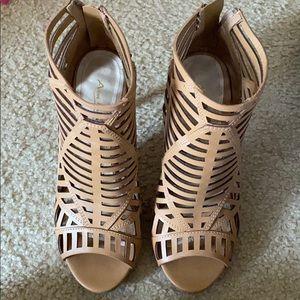 Ankle boots heels open toe in Caramel